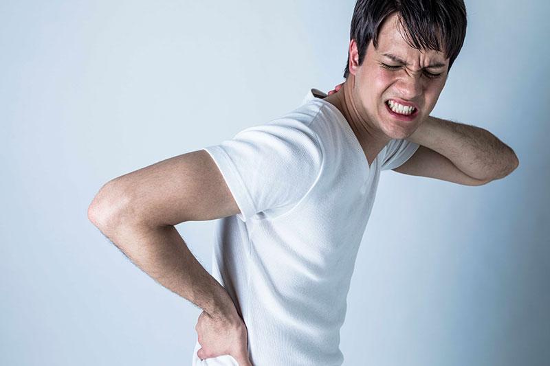 Døjer du med smerter i lænden eller nakken?