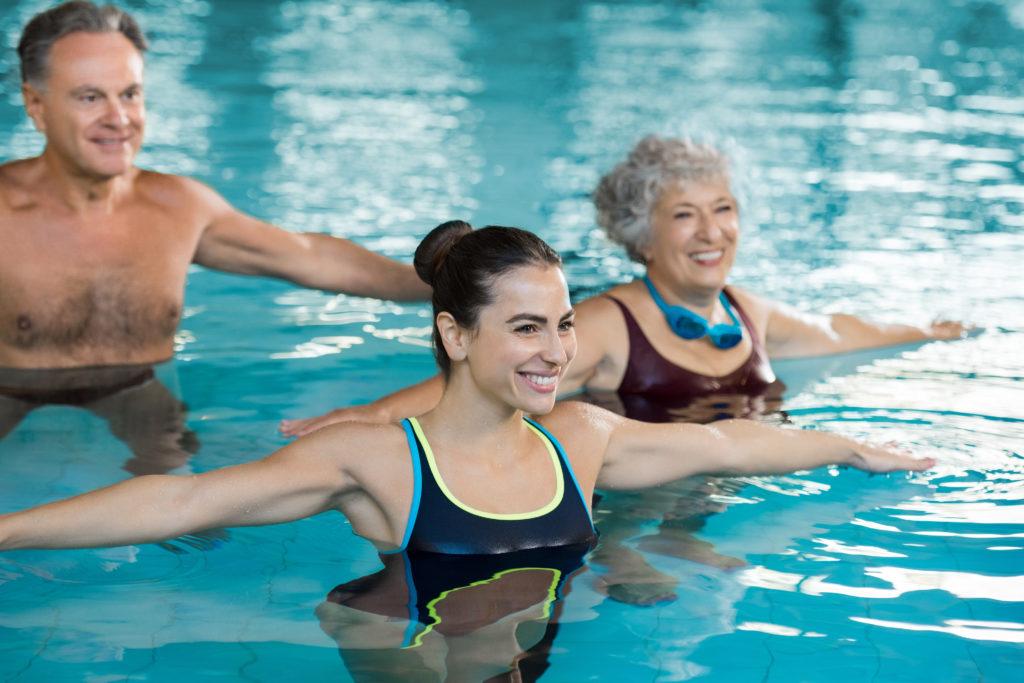 """Træning i varmtvandsbassin på Amager - """"Styrketræning"""" i vand"""