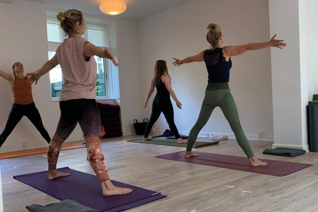Hensynstagende/Blid Yoga Amager